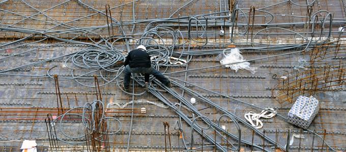 Un électricien à l'oeuvre