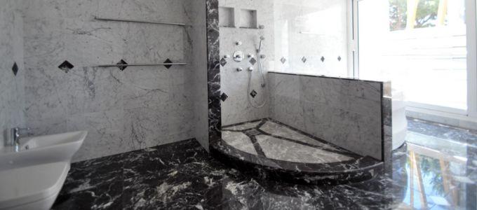Réalisation de salle de bain en marbre